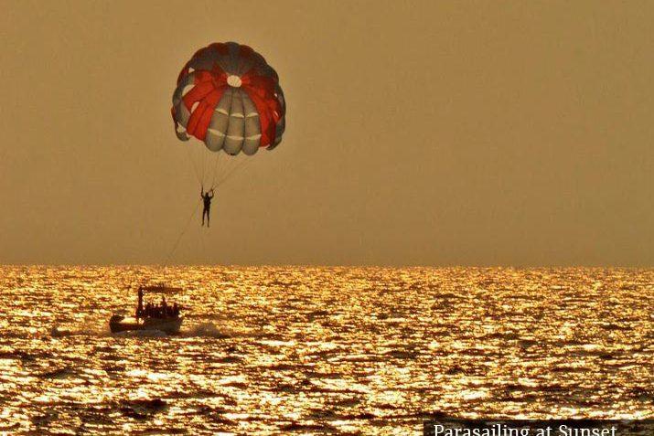 parasailing-at-sunset
